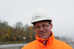 «Bei Radarkontrollen fahren jeweils ziemlich viele zu schnell», sagt Chefbauleiter Melven Hürlimann. (Bild: Philipp Unterschütz / Neue NZ)