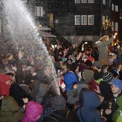 Champagner in Strömen gab es in Zermatt. (Bild: Keystone)