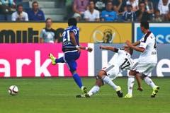 Luzerns Dario Lezcano (links) erzielt das 1:0. (Bild: Philipp Schmidli)