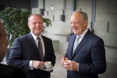 Bundesrat Johann Schneider-Ammann im Gespräch mit Joseph Muscat, Premierminister von Malta. (Bild: Urs Bucher)