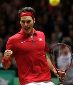 Die Erlösung: Roger Federer nach dem gewonnen Spiel. (Bild: Keystone)