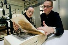 Isabel Toledo mit Art Director Hans Schreiber. (Bild: Reto Martin)