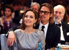 At last: Brad and Angelina are engaged (Bild: Keystone)