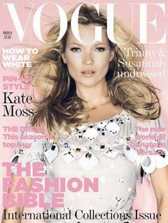 Wegen ihres angeblichen Drogenkonsums verlor Kate Moss mehrere lukrative Aufträge. Für die britische Vogue posierte sie dennoch - und erschien 2006 zum 21. Mal auf der Titelseite des Magazins. (Bild: Keystone)