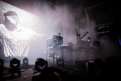 Die Chemical Brothers bei ihrer Performance am OpenAir. (Bild: Peer Füglistaller)