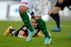 Er forderte gleich mehrmals einen Penalty, erhielt aber keinen: der Aarauer Stephan Andrist. (Bild: Keystone)