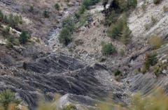 In diesem schwer zugänglichen Gebiet ist die Germanwings-Maschine am Dienstag abgestürzt. (Bild: Keystone)