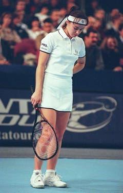 Eine enttäuschte Martina Hingis nach ihrer Niederlage gegen Mary Pierce in New York. (1997) (Bild: Keystone)