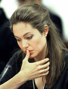 Als UNO-Botschafterin hatte Angelina Jolie auch einen Auftritt am Weltwirtschaftsforum WEF in Davos. (Bild: Keystone)