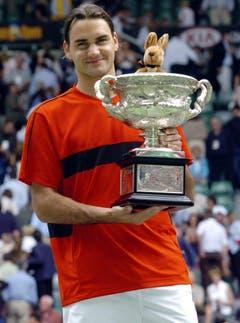 2004 Australian Open gegen Marat Safin (RUS) 7:6, 6:4, 6:2. (Bild: Julian Smith / Keystone)