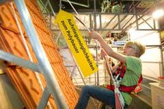 Eine Kletterwand für angehende Polybauer. (Bild: Urs Bucher)
