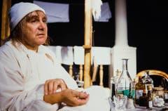 """Im Stück """"Der eingebildete Kranke"""" von Molière spielte Jörg Schneider 1991 die Hauptrolle. (Bild: Keystone)"""