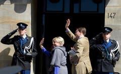 Prinz Constantijn, der jüngste Sohn von Königin Beatrix, mit seiner Ehefrau Laurentien. (Bild: Keystone)