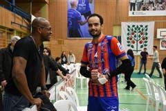 Brasilianer unter sich. Amriswils Ex-Meisterspieler Alan Soares und Ajaccios Spieler Leonardo Cruz Miranda. (Bild: Manuel Nagel)