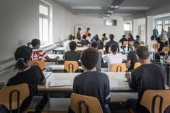 PK Kanton: Besichtigung des Zentrums für Asylsuchende im Riethüsli (Bild: Michel Canonica)