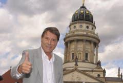"""Posieren in Berlin für die Tour """"Einfach ich"""" in Deutschland im Jahr 2009. (Bild: Keystone)"""