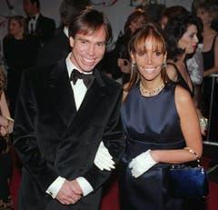 Tommy Hilfiger mit seiner ersten Frau Susie Hilfiger an seiner Modeschau im Jahr 1996. Mit ihr hat er vier Kinder: Alexandria, Richard, Elizabeth und Kathleen. (Bild: Keystone)