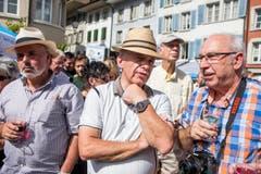 Ueli Maurer stimmte den Hut auf die Brauntöne seines Poloshirts ab. (Bild: Keystone)