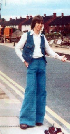 Ein Bild aus alten Zeiten: Hilfiger als 20-Jähriger in London. (Bild: Keystone)