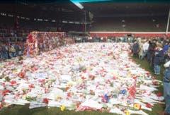Die meisten der gestorbenen Anhänger kamen aus Liverpool - dementsprechend gross war die Trauer im Verein. (Bild: Keystone)