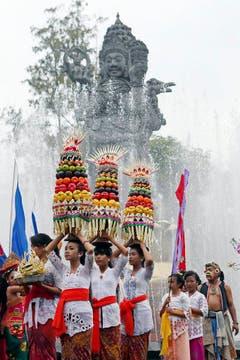 Eine Parade in Bali. (Bild: Keystone)