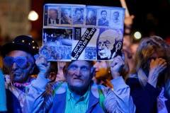Parteipolitische Plakate von Rabins Arbeitspartei oder der linken Meretz blieben rar. (Bild: Keystone)
