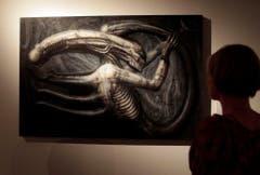Giger wird weltweit mit seinen Alien-Figuren assoziert. (Bild: Keystone)