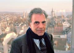 Maximilian Schell während Dreharbeiten im März 1993 zu «Justiz», dem gleichnamigen Roman von Friedrich Dürrenmatt, in Zürich. (Bild: Keystone)