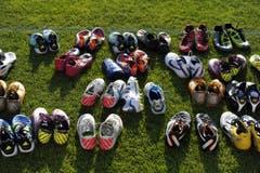 Wem gehört welcher Schuh? (Bild: Hanspeter Schiess)