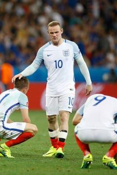 Weniger erfolgreich war England. Das Team um Wayne Rooney zeigte das ganze Turnier durch eine ziemlich schlechte Leistung. Im Achtelfinal verloren die Engländer gar gegen Island. (Bild: Keystone)