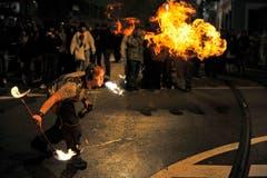 Ein Feuerspucker in Aktion. (Bild: Reto Martin)