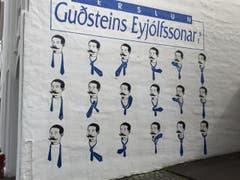 Krawatte binden soll gelernt sein. (Bild: Marion Loher)