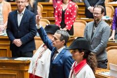 Der neugewählte Bundesrat Ignazio Cassis legt als 117. Mitglied des Bundesrates den Eid vor der Vereinigten Bundesversammlung ab. (Bild: Keystone)