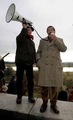 """Günter Grass als Aktivist: 2007 nahm er in Dresden an einer Demonstration für die Erhaltung des Titels """"Unesco Welterbe Dresdner Elbtal"""" teil. (Bild: Keystone)"""