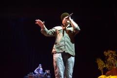 Der Glarner Rapper Bandit bei der Eröffnungsfeier. (Bild: Urs Bucher)