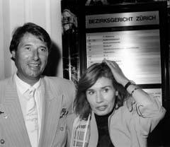 Seltene Aufnahme von Udo Jürgens und seiner Ex-Frau Erika Panja Jürgens. Das Paar liess sich am 27. Juni 1989 in gegenseitigem Einvernehmen am Zürcher Bezirksgericht scheiden. (Bild: Keystone)