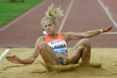 Im Sand ist nicht immer gut Lachen: Die Russin Darya Klishina beim Weitsprung. (Bild: Keystone)