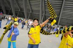 Fans vor dem Match. (Bild: Ralph Ribi)