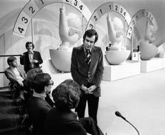 Kurt Felix bei seiner ersten «Teleboy»-Sendung am am 23. Februar 1974. «Teleboy» (1974-1981) erzielte die bis heute höchsten Einschaltquoten seit dem Bestehen des Schweizer Fernsehens. (Bild: Keystone)