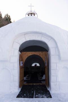 Der Eingang zur Eiskapelle. (Bild: Keystone)