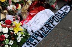Auch am 25. Jahrestag der Katastrophe bleibt die Erinnerung an die Opfer lebendig. (Bild: Keystone)