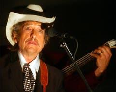 """In der Popzeitschrift """"Spin"""" räumte Dylan 1985 verschämt ein, dass er mal ein Andy-Warhol-Kunstwerk zugunsten eines Sofas verkauft habe. """"Ich wollte Andy immer sagen, was für eine Dummheit ich gemacht habe, und ob er mir ein anderes Gemälde geben könne..."""" (sda) (Bild: Keystone)"""