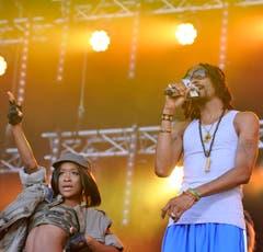 Snoop Lion, begleitet von einer Tänzerin. (Bild: Reto Martin)