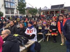 Am Public Viewing waren auch viele Deutsche anzutreffen. (Bild: Marion Loher)