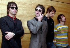 "Die Wunschliste der britischen Band Oasis ist zu gut, um sie ins Deutsche zu übersetzen. Darum hier der Original-Text: ""Lots of Guinness. Lots of beer. Lots of red wine. Lots of vodka. Lots of whiskey. Doritos and dip."" Na dann, zum Wohl! (Bild: Keystone)"