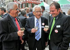 Die beiden Ehrenpräsidenten Markus Vogt und Edi Brauchli mit dem aktuellen Wega-Präsidenten Franz Koller. (Bild: Reto Martin)