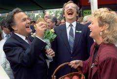 Otto Stich und der damalige Olma-Präsident und Stadtpräsident Heinz Christen bei der Eröffnung der Olma im Oktober 1988. (Bild: Keystone)