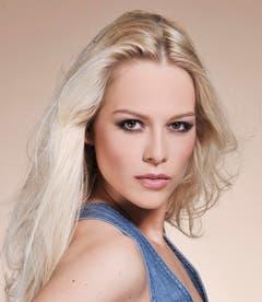 So präsentierte sich Linda Fäh im Herbst 2009 vor ihrer Wahl zur Miss Schweiz den Medien. (Bild: Keystone)