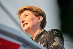 Bundesrätin Simonetta Sommaruga bezeichnete in ihrer Rede Hansjörg Walter als herzlichen Menschen und Politiker. (Bild: Reto Martin)