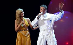 Das deutsche Model Heidi Klum mit David Hasselhoff an den MTV Europe Music Awards 2012. (Bild: Keystone)